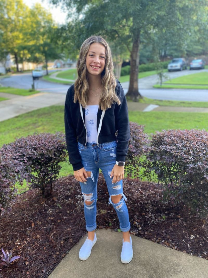 Evelyn's first day of High School! 🤯
